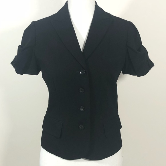 Teri Jon Jackets & Blazers - Teri JON short sleeve jacket with detail Sz 4